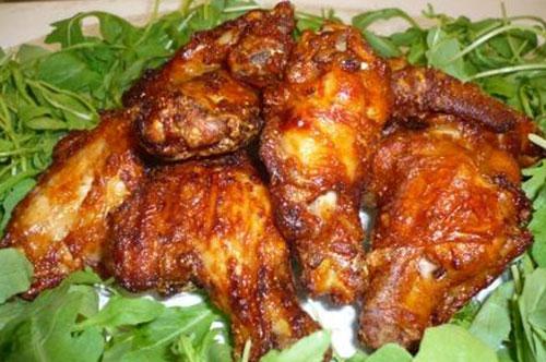 Ali Di Pollo Marinate Con Salsa Di Soia